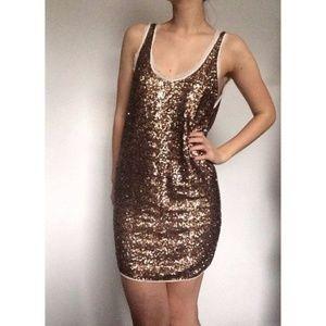 Aritzia Wilfred dress S in EUC